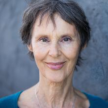 Sandra Newland